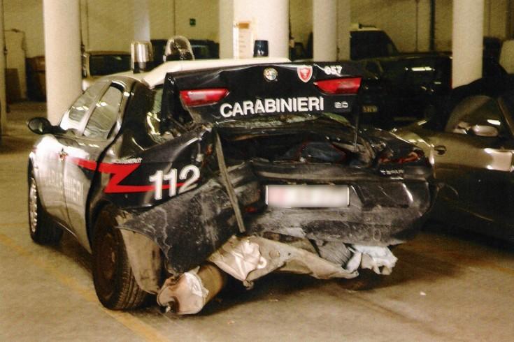 Mercato San Severino: tamponata auto dei Carabinieri,militare in ospedale - aSalerno.it