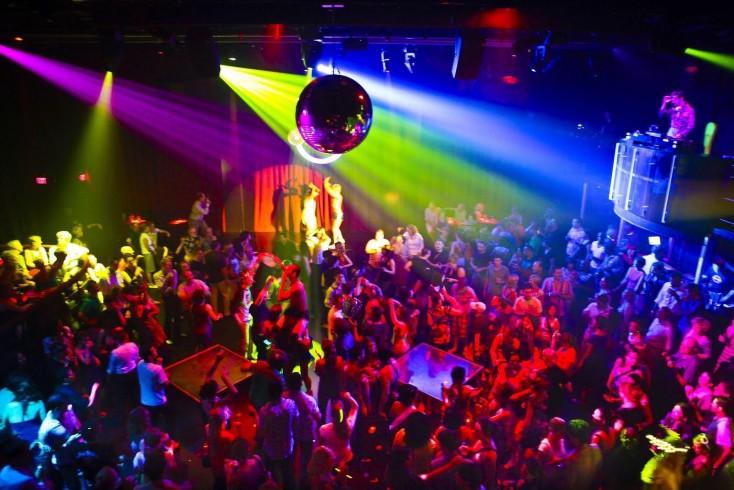 Due accoltellati questa notte in una nota discoteca salernitana - aSalerno.it