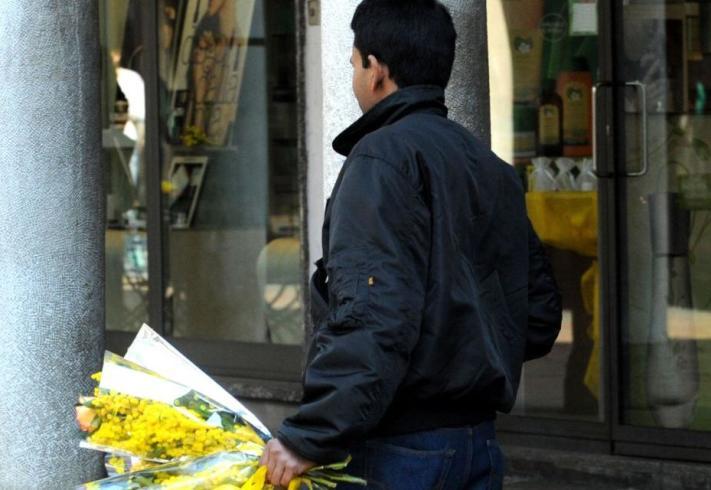 """Assofiori Salerno contro i """"furbetti"""" delle mimose - aSalerno.it"""