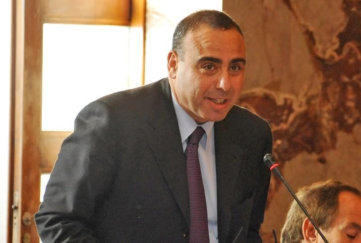 """Fitti alle associazioni, Cammarota denuncia: """"C'è chi paga solo 24 euro.."""" - aSalerno.it"""