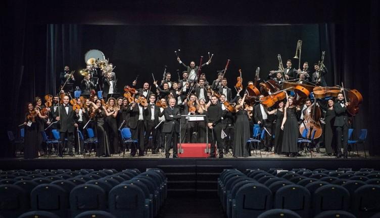 Opera e meraviglia: le premesse dell'orchestra di Salerno Claudio Abbado - aSalerno.it