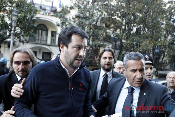 """Tentata violenza sessuale a Battipaglia, il post di Salvini: """"Schifoso, subito espulsi.."""" - aSalerno.it"""