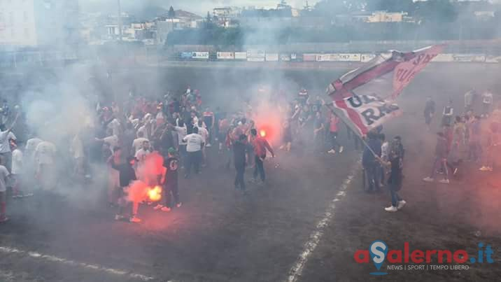 Aggressione di due tifosi dell'Angri al Capotreno: dopo le denunce scattano i Daspo - aSalerno.it