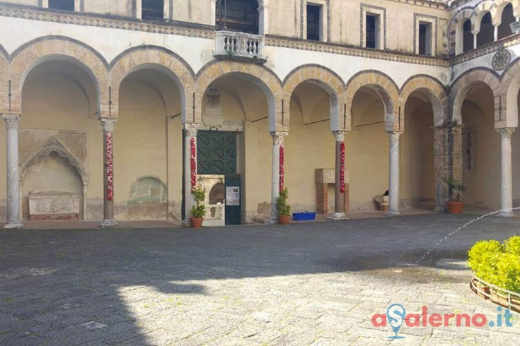 Ruba nel Duomo di Salerno, bloccato 59enne potentino - aSalerno.it