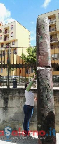 """Porto di parole: ecco l'albero di """"Chissadove"""" per accogliere i bambini - aSalerno.it"""
