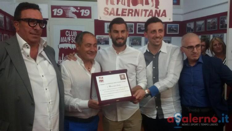 """Il club """"Mai sola Salernitana"""" premia Coda per l'attaccamento alla maglia - aSalerno.it"""