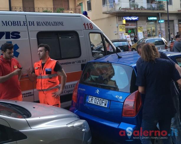LE FOTO-Tossicodipendente minaccia farmacista in via Baratta - aSalerno.it