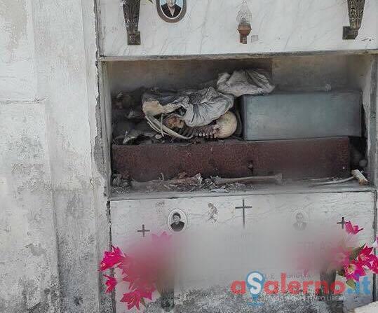 Profanata una tomba nel cimitero di Angri - aSalerno.it
