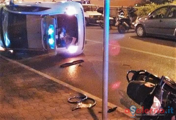 Incidente ieri sera sul Trincerone, Fiat 500 semi ribaltata - aSalerno.it