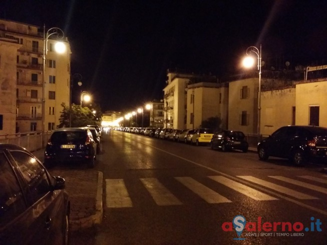 Si lancia dal Trincerone a Salerno, in codice rosso al Ruggi - aSalerno.it