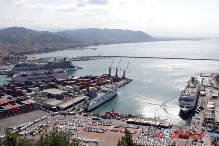 Protesta contro le morti sul lavoro, nei Porti d'Italia due minuti di silenzio - aSalerno.it