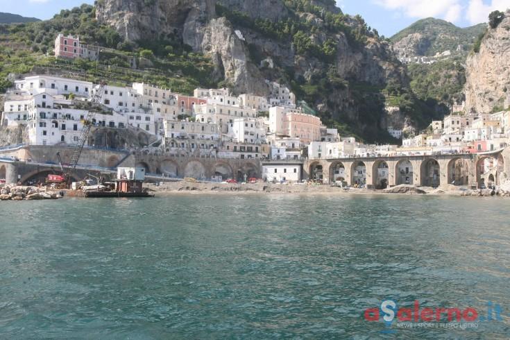 Scontro in mare tra motoscafo e gozzo, pescatore di Atrani in ospedale - aSalerno.it