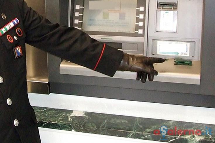 Rubano i dati delle carte inserite nel bancomat, arrestati due bulgari - aSalerno.it