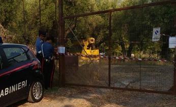 Sapri, Carabinieri scoprono terreno usato come una discarica per rifiuti speciali - aSalerno.it