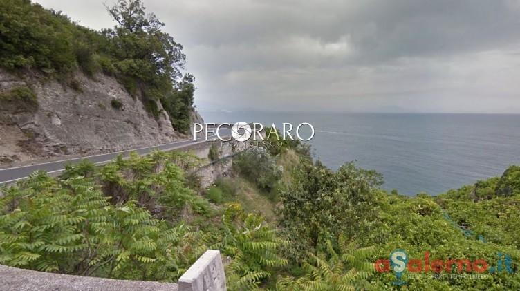 Onda killer a Praiano: travolti turisti su un sentiero, una donna non ce l'ha fatta - aSalerno.it