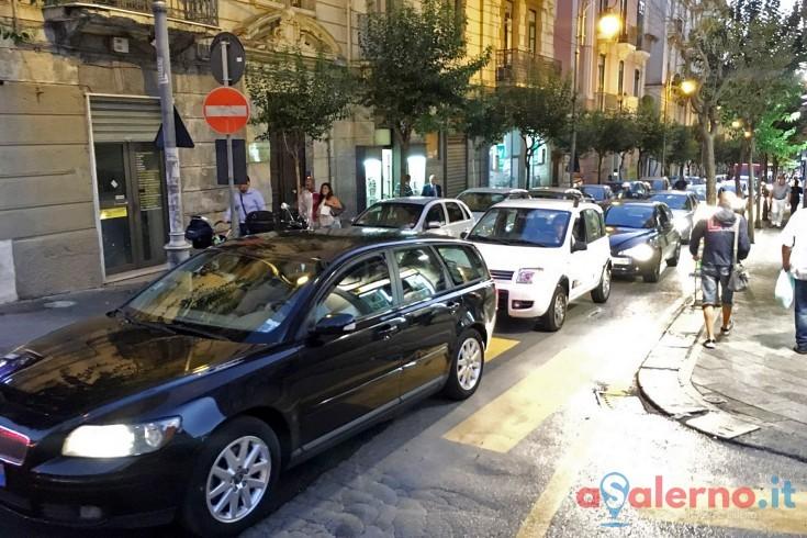 """""""Salerno paralizzata dal traffico e dai rifiuti"""", la denuncia del Codacons - aSalerno.it"""