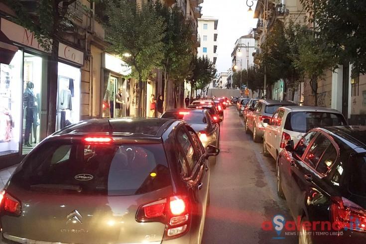 Salerno, peggiora la qualità dell'aria: auto troppo vecchie e inquinanti - aSalerno.it