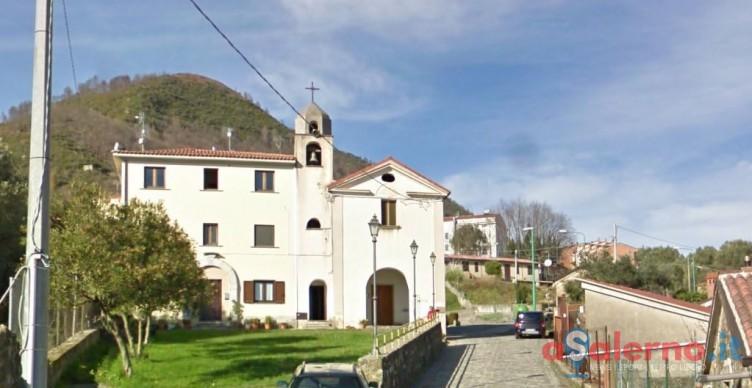 Ladro d'appartamento scoperto dai vicini di casa, arrestato dai Carabinieri - aSalerno.it