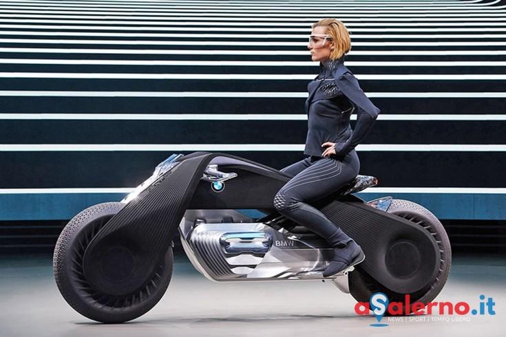 La moto che non cade mai e si guida senza casco - aSalerno.it