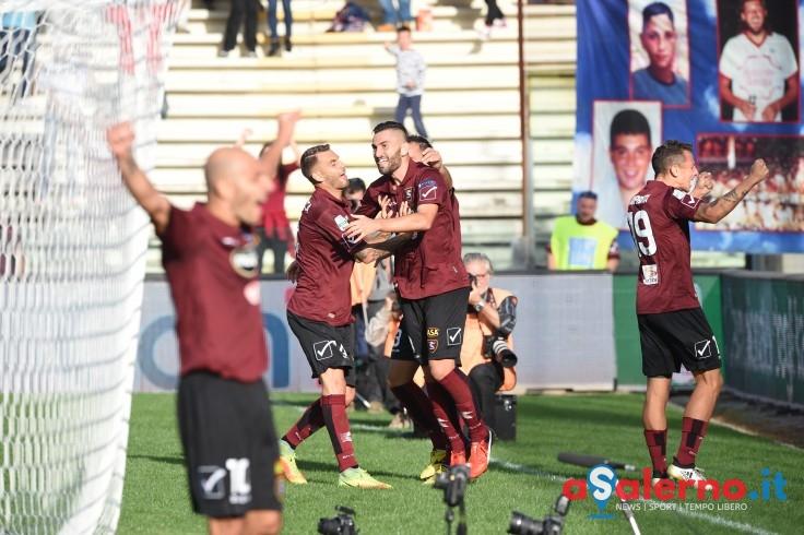 La Salernitana si salva con un colpo di Coda: 1-1 con l'Entella - aSalerno.it