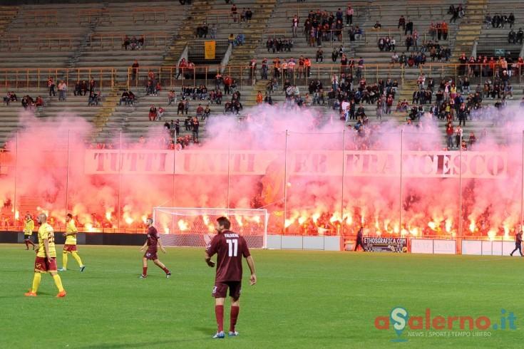 """""""Tutti uniti per Francesco, grazie a tutti"""" la lettera degli ultras della Curva Sud - aSalerno.it"""