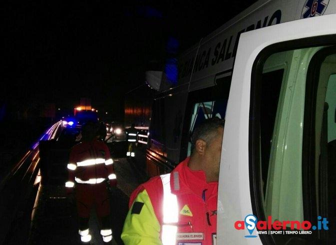Tamponamento all'uscita di Cava sull'A3, tre feriti – FOTO - aSalerno.it