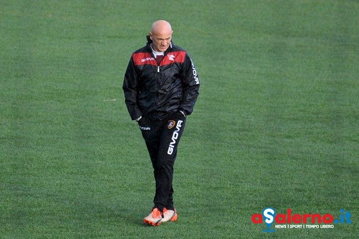 """Sannino scuote la squadra: """"Parte titolare chi dà garanzie a me e ai compagni"""" - aSalerno.it"""