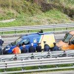 suicidio cadavere anas autostrada