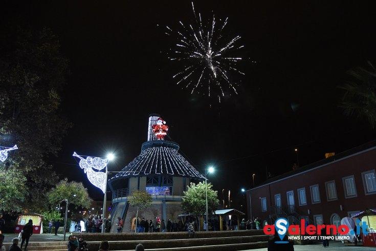 Villaggio di Babbo Natale: fine settimana Angelo Di Gennaro e lo spettacolo delle farfalle luminose - aSalerno.it