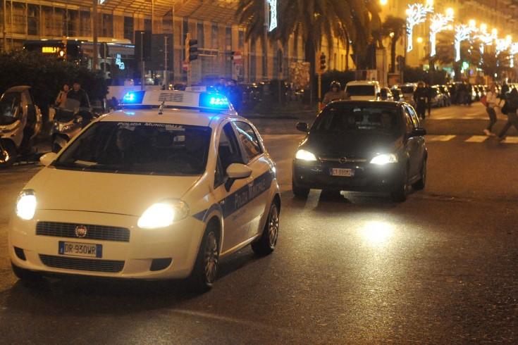 Tentano il furto in un appartamento: fermate dai vigili urbani due rom - aSalerno.it