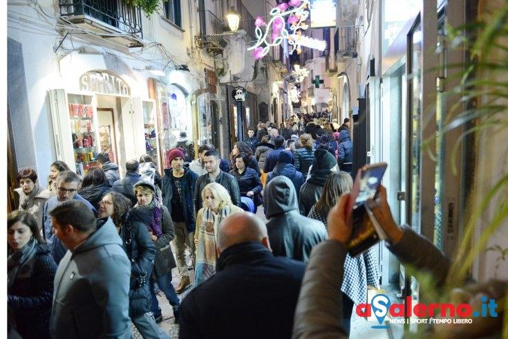 """Luci d'Artista, oggi il """"vero"""" esodo: attesi più di 7mila visitatori - aSalerno.it"""