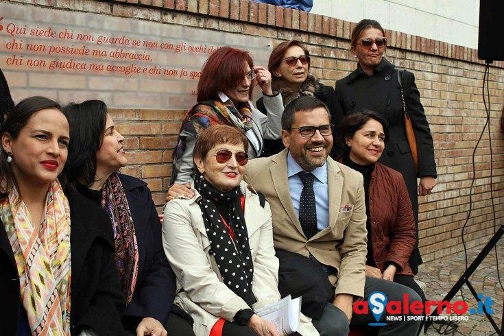 """All'Università la """"Panchina Rossa Unisa"""", simbolo contro la violenza sulle donne - aSalerno.it"""