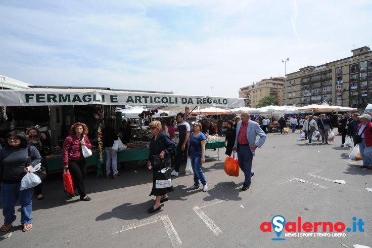 Torrione, sono iniziati i lavori per la copertura del mercato - aSalerno.it