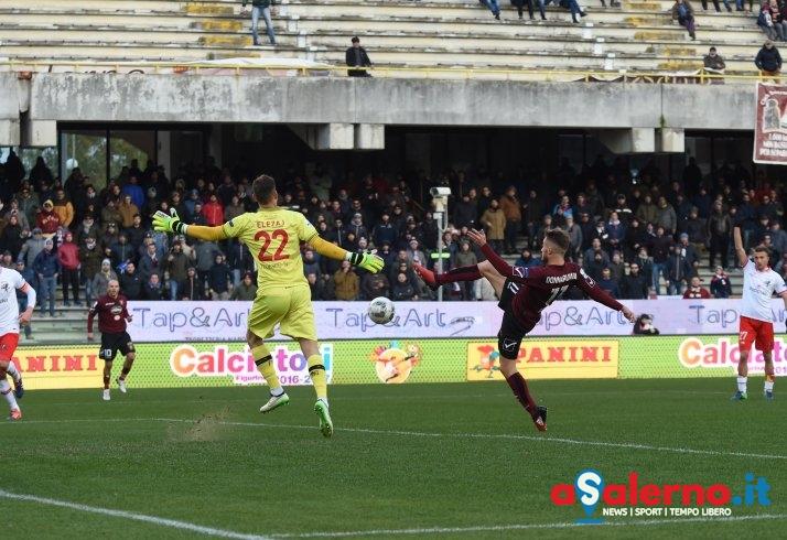 Donnarumma rilancia la Salernitana: 1-0 al primo tempo con il Perugia - aSalerno.it