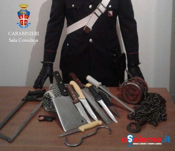 Fermato in auto dai Carabinieri, 37enne nascondeva armi nel bagagliaio - aSalerno.it