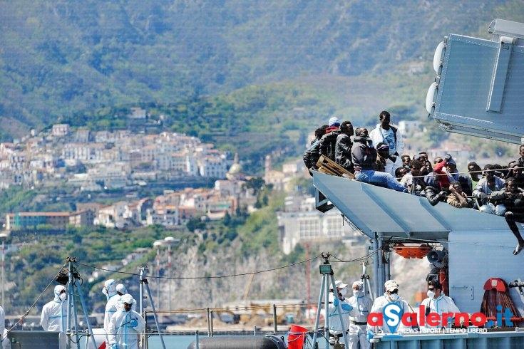 Porti siciliani chiusi per il G7, nuova ondata di sbarchi a Salerno - aSalerno.it