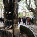 Salerno Piazza Alaria. Festa dei residenti contro la costruzione di box auto in piazza