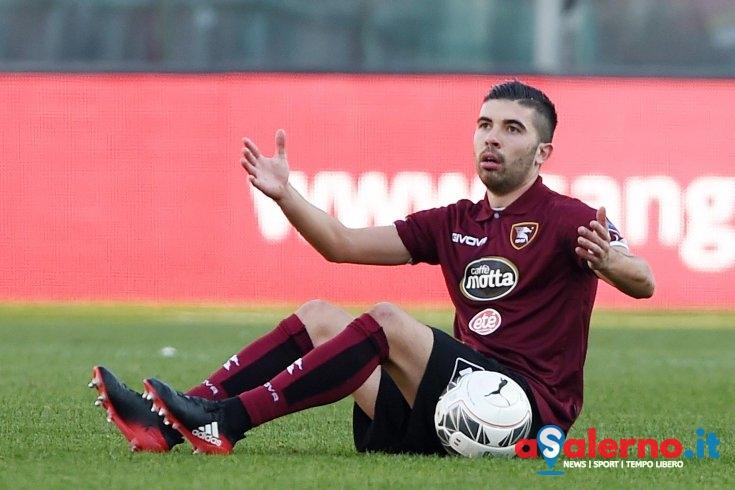 UFFICIALE – Busellato è un calciatore del Bari: ai granata 150mila euro - aSalerno.it