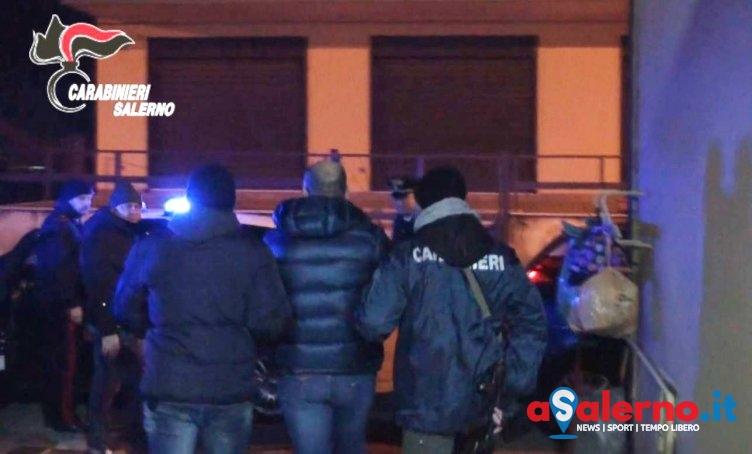 Tenta di adescare ragazzina mentre aspetta il pullman, bloccato dai carabinieri - aSalerno.it