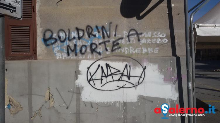 Scritte contro la presidente della Camera dei Deputati in via Pellecchia - aSalerno.it