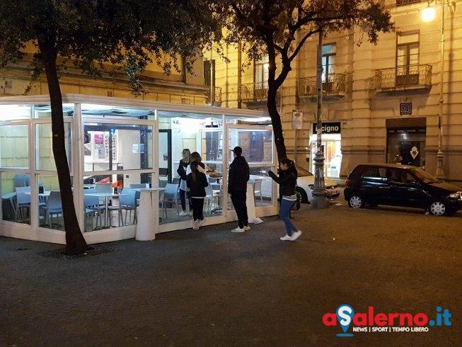 Rapinata 80enne dinanzi al bar Velia, fermato un giovane - aSalerno.it