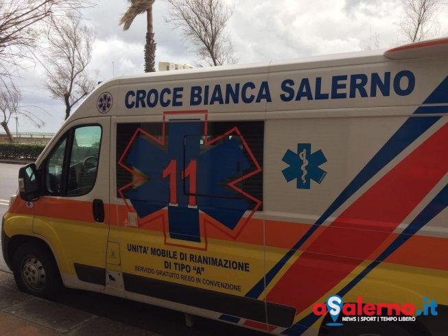 Donna caduta in casa dopo un malore, trasportata al Pronto Soccorso al Ruggi - aSalerno.it