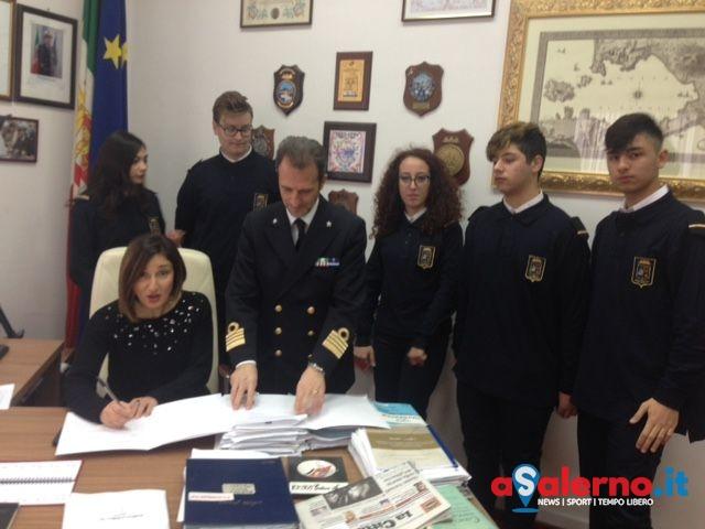 Alternanza scuola-lavoro, inizia l'avventura per 5 alunni del Giovanni XXII in Capitaneria - aSalerno.it