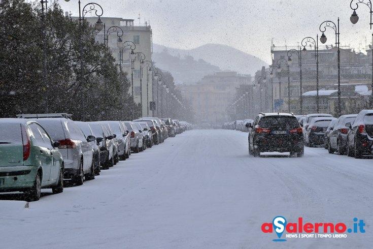 Allerta freddo e neve: rifugio e pasti caldi per senzatetto in via dei Carrari - aSalerno.it
