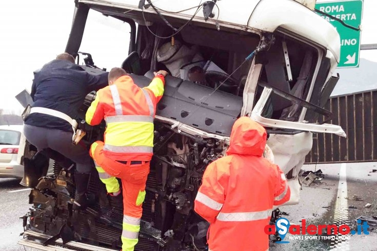 Incidente su A3: morto Michele Trezza - aSalerno.it
