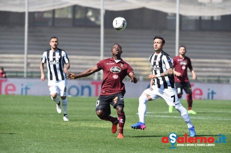 Salernitana-Ascoli 0-0 all'intervallo, due legni per Coda - aSalerno.it