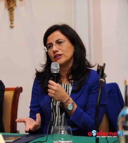 """La senatrice Saggese in convegno a Salerno: """"Serve fondo per le donne vittime di violenza"""" - aSalerno.it"""