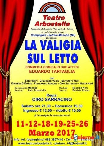 """Al Teatro Arbostella di Salerno l'ironia di Tartaglia con la sua """"Valigia su letto"""" - aSalerno.it"""