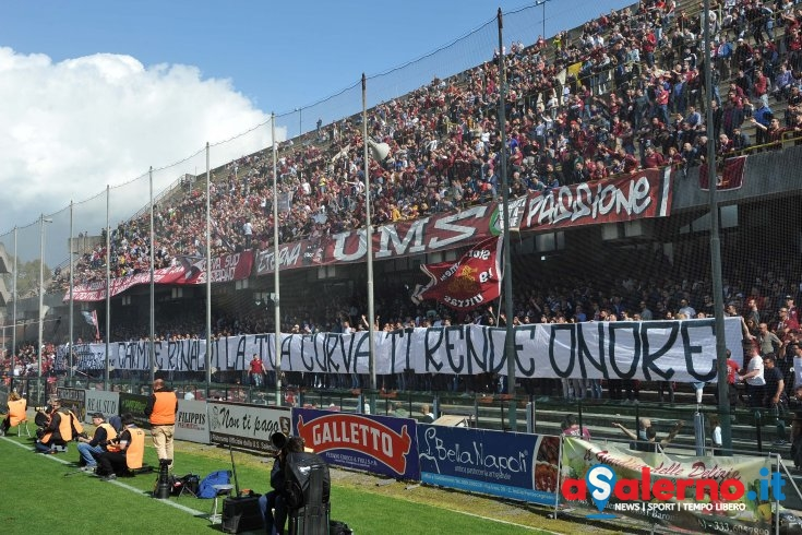 Sarà muro umano: Curva Sud Siberiano sold out all'Arechi - aSalerno.it