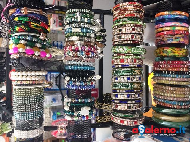 Maxi sequestro della Guardia di Finanza, 1500 prodotti non sicuri in vendita - aSalerno.it